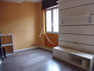 Appartement T2 - CUERS